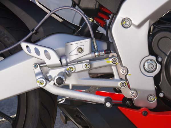 ベビーフェイス セットバックプレート シルバー RS4 11- 《ベビーフェイス 》