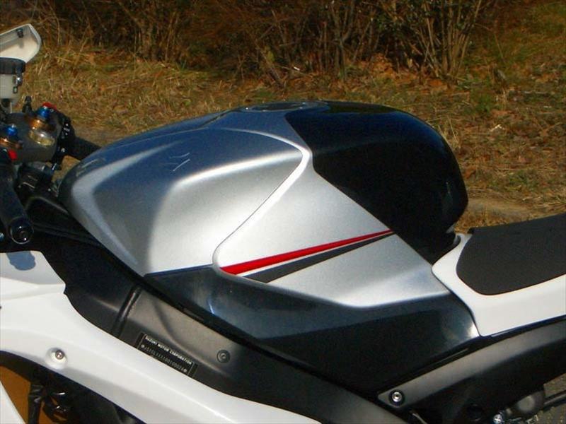 クレバーウルフ タンクパッド 黒ゲル GSXR1000 07-08 《クレバーウルフ 07G1-208-01》