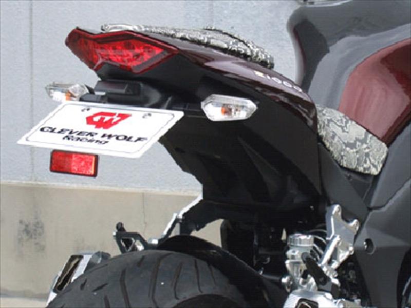 クレバーウルフ フェンダーレスキット 黒ゲル FRP Z1000 10-13 《クレバーウルフ 10Z1-005-31》