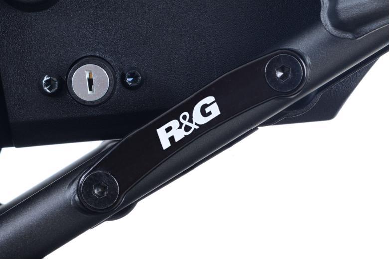 スーパーセール R&G リアフットレストプレート BLK XSR700 16- 《アールアンドジー RG-BLP0055BK》