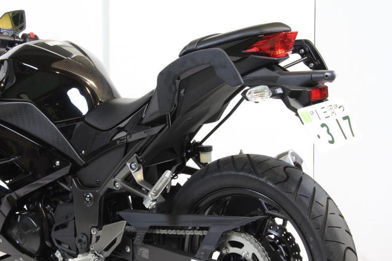 ヘプコ&ベッカ C-Bow ブラック Ninja250/Z250 13-17 《ヘプコアンドベッカー 630253 00 01ツーリング ケース 》