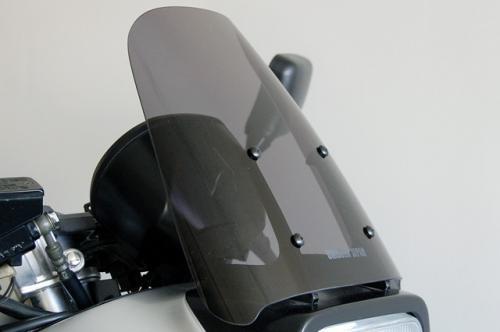 ユニコーン ライトスモークスクリーン GSX1100S 《ユニコーンジャパン 37750》