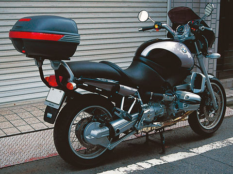 バイク用品 ケース(バッグ) キャリアGIVI ジビ 635F モノラック用フィッティング R1100R94057 4909449487716取寄品 セール