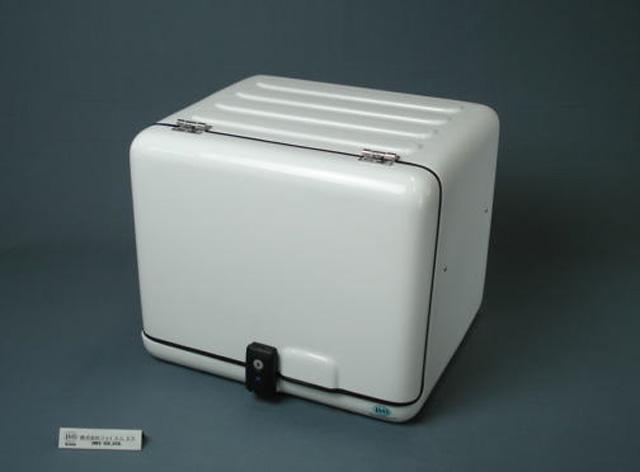 【代引不可】【送料別途】【JMS】ジャイロx用 キャリーBOx スライド式棚板標準装備 専用キャリア付 510x450x420【B68-W-x-C】