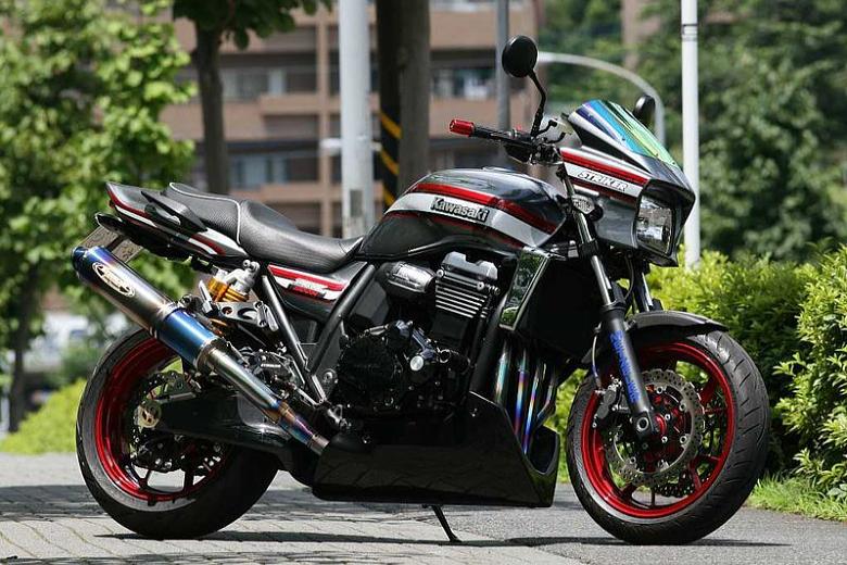 【COLORS】【ストライカー】KAWASAKI ZRX1200 DAEG 09- STRIKER エアロデザイン アンダーカウル カーボンモデルモデル仕様【SAD-UC101C】【送料無料】