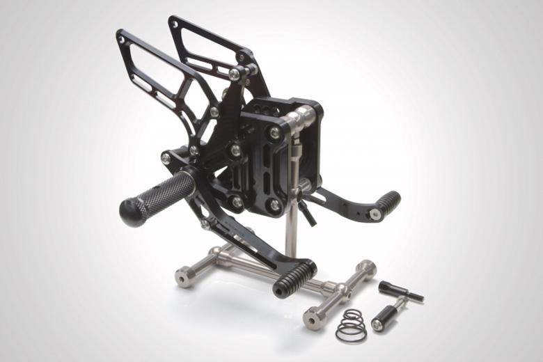 バイク用品 ステップケイファクトリー K-FACTORY ライディングステップ スーパーブラック S1000RR 10-415MZBR075R 4582215601204取寄品 セール