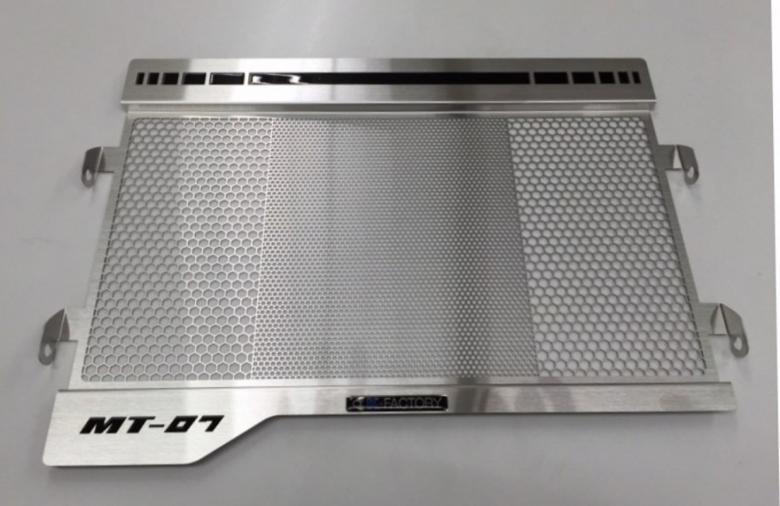 バイク用品 冷却系ケイファクトリー K-FACTORY ラジエターコアガード Rタイプ MT-07348CZAA111Z 4582215606407取寄品 セール