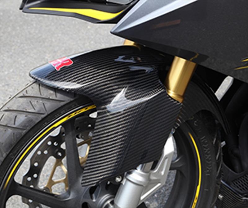 バイク用品 外装MAGICAL RACING マジカルレーシング フロントフェンダー 平織カーボン CBR250RR 17-001-CBR217-400C 4549950796930取寄品 セール