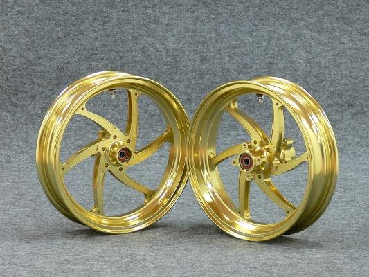 バイク用品 タイヤ&ホイールオーヴァーレーシング OVERRACING Fホイール GP-SIXゴールド2.50-12 NSF NSR XR82-15-211G 4539770097676取寄品 スーパーセール