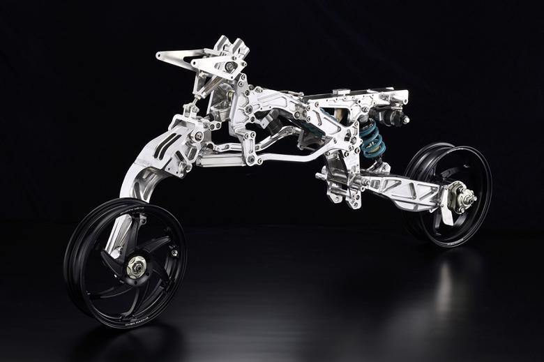 バイク用品 外装オーヴァーレーシング OVERRACING OV-36A フレームキット ブラックホイール MONKEY用エンジン対応64-01-36AB 4539770117930取寄品
