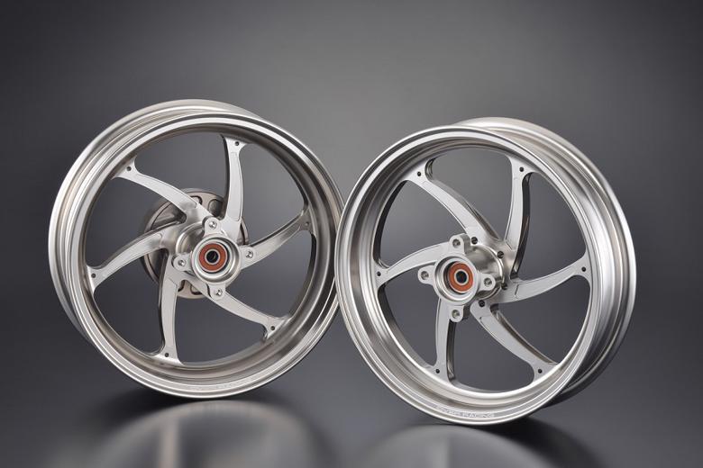 バイク用品 タイヤ&ホイールオーヴァーレーシング OVERRACING GP-SIXホイール F2.70 R3.50-12 MONKEY125 チタン82-012-20T 4539770118029取寄品 スーパーセール