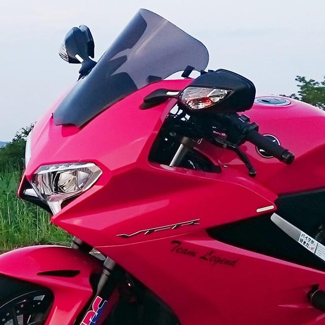 バイクパーツ モーターサイクル オートバイ バイク用品 外装POWERBRONZE パワーブロンズ エアフロースクリーン ライトスモーク VFR800F 14-17400-H137-001 4549950355953取寄品 セール