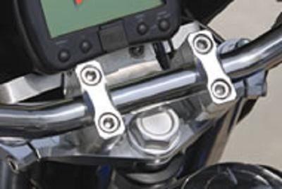 バイク用品 ハンドルSHIFTUP シフトアップ ビレットトップブリッジセット SLV APE50 100201580-03 4582246480434取寄品 セール