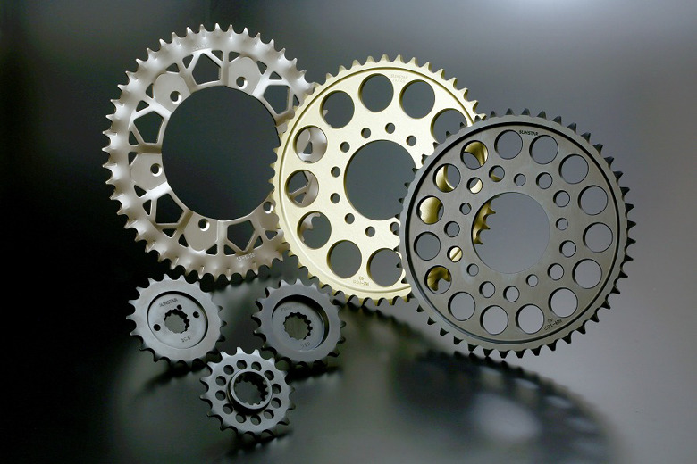 バイク用品 駆動系SUNSTAR サンスター リアスプロケット 530-39T Z400FX 81-83RK-108BKH-39 4580309453487取寄品 セール