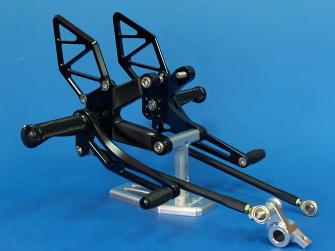 バイク用品 ステップ ステップ&ステップボード&タンデムキットウッドストック WOODSTOCK ステップキット 9POS BLK DUCATI 1098WBS-D02-BB 4547567444992取寄品 セール