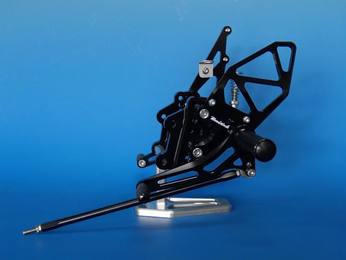 バイク用品 ステップ ステップ&ステップボード&タンデムキットウッドストック WOODSTOCK ステップキット 6POS BLK GSXR750 600 06-10WBS-S11-BB 4548664259908取寄品 スーパーセール