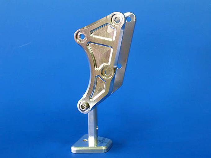 バイク用品 外装 フレームウッドストック WOODSTOCK エンジンハンガーブラケット シルバー APE50 100EHB-H07-00 4548664260584取寄品