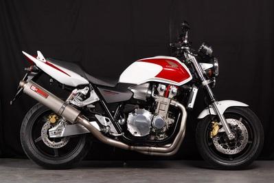 バイク用品 マフラーヤマモトレーシング YAMAMOTORACING チタン4-1 DOWNチタンサイレンサー CB1300SF 03-11304-11TTB 4521717002461取寄品