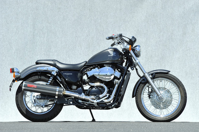 バイク用品 マフラーヤマモトレーシング YAMAMOTORACING SPEC-A SUS 2-1 カーボン VT750S 10-10752-61SCC 4521717005110取寄品