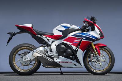 バイク用品 マフラーヤマモトレーシング YAMAMOTORACING スリップオン TYPE-D CBR1000RR 14-11011-01NTD 4521717006575取寄品 スーパーセール
