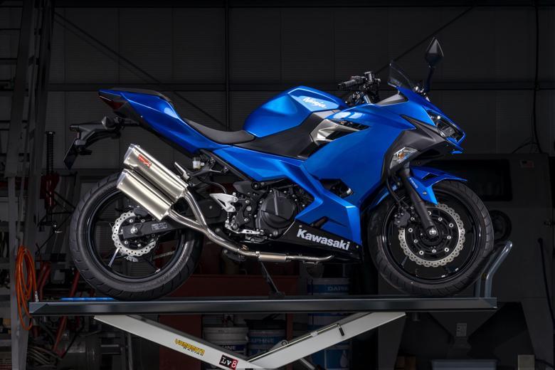 バイク用品 マフラーヤマモトレーシング YAMAMOTORACING SPEC-A 2-1-2 TWIN Ninja250 18-(2BK-EX250P)40255-52TSA 4521717301359取寄品