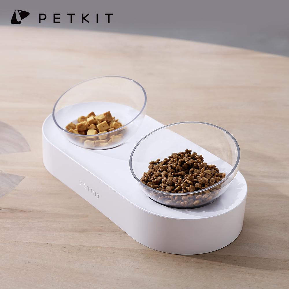 0度・15度調整可能 猫工学にこだわり 首や腰を大きく曲げずに食べることができます 食器台 滑り止め 洗いやすい 猫 犬 食器台 フードボウル スタンド付き PETKIT ペットキット 猫 食器 水飲み 滑り止め 食器 猫 えさ 皿 ボウル 0度・15度 調整可能 傾斜のある食器台 洗いやすい 透明 ボウル2個セット