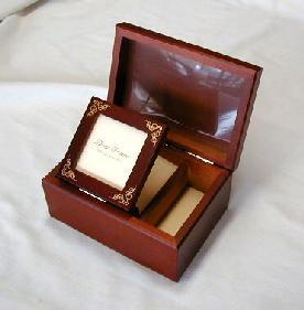 ♪お好きな曲で製作! 〔標準〕18弁木製宝石箱(3)オルゴール【楽ギフ_包装選択】