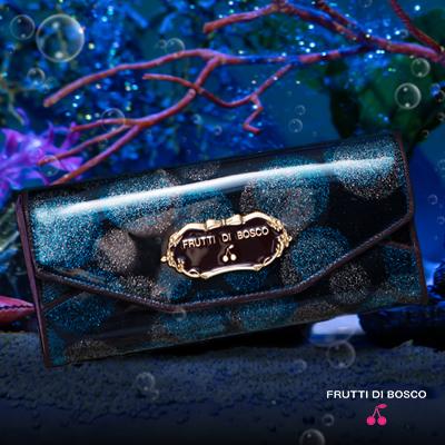 """FRUTTI DI BOSCO フルッティ ディ ボスコ  【FRUTTI】マーメイドの""""ごほうび""""を召し上がれ。人魚姫も虜にする、しゅわしゅわ弾ける「海のベリー」のロングウォレット Salu Mermaid berry(サルー マーメイドベリー)356-112401-7116"""