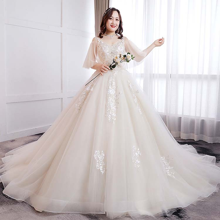 トレーンドレス タイプ ロングドレス 袖あり ライトシャンパン 撮影 着痩せ ウエディングドレス レース 結婚式 大きいサイズ 編み上げ ウェディングドレス
