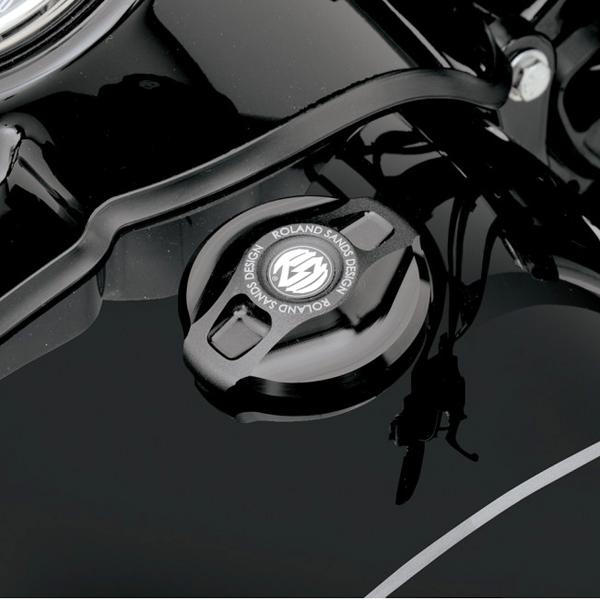 低価格化 Roland Sands Design ローランドサンズ RSD ビレット アルミニウム ブラック 安全 ガスキャップ RD5548 ハーレー全車種 1996~2019 カフェ