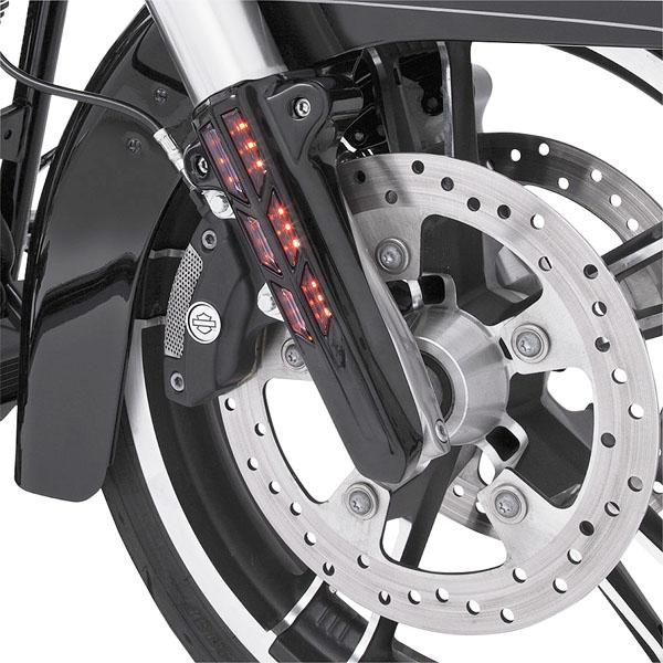 【CIRO】 ロワーレッグカバー アンバーLED ブラック 2014~2020ツーリング C43003