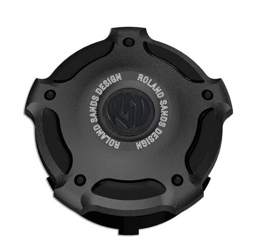 【ローランドサンズ(RSD)】 ビレット・アルミニウム・ガスキャップ MISANO ブラックOps 1996~2019 ハーレー全車種 0210-2029-SMB