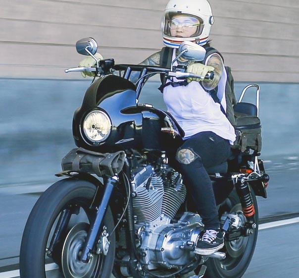 【バーリーブランド】 カフェ・スポーツ・フェアリング ブラック スポーツスター ダイナ ソフテイル B10-1000