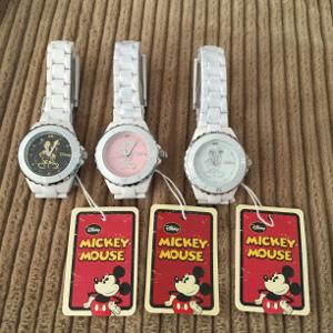 【クーポン獲得】【3980円以上送料無料】ハイブリッドセラミックミッキー時計ブラック 3個セット