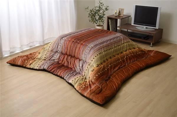 ギャッベ柄 こたつ布団 正方形 掛け単品 ラディ オレンジ 約205×205cm - イケヒココーポレーション