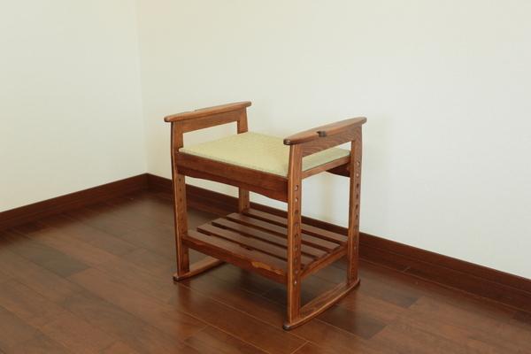 畳に腰掛け YMGB-4030