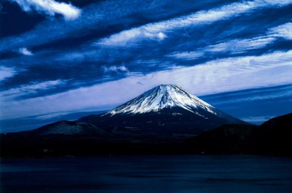【限定クーポン】【代引き不可】【送料無料】秋元隆良 奇跡の写真 富士山・幕開け