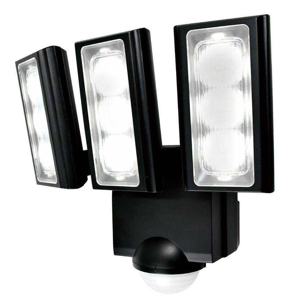 【直送品】【代引き不可】ELPA(エルパ) 屋外用LEDセンサーライト 乾電池式 ESL-313DCご注文後3~4営業日後の出荷となります