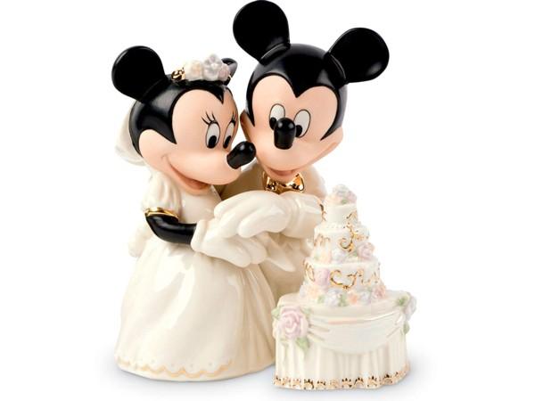 Lenox レノックス ディズニー・フィギュア ミッキーとミニーのウエディング・ケーキ Minnie's Dream Wedding Cake 24Kアクセント白磁フィギュア おすすめです♪