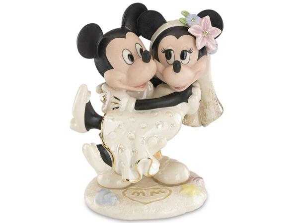 Lenox レノックス ディズニー・フィギュア ミッキーとミニーお姫様だっこ Minnie's Dream Beach Wedding 24Kアクセント白磁フィギュア おすすめです♪