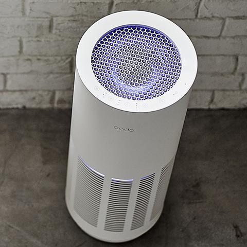【cado/カドー】 PM2.5対応 空気清浄機 ~36m2(22畳)タイプ ホワイト AP-C200-WH ニオイ・ホコリセンサー搭載・自己再生フィルター