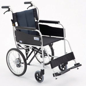 ミキ USG-2 介助型スタンダード車いす 40(介助用車いす)【福祉 介護用品 車椅子 車イス 車いす くるまいす 高齢者在宅 施設 シンプル コンパクト 軽量 扱いやすい】