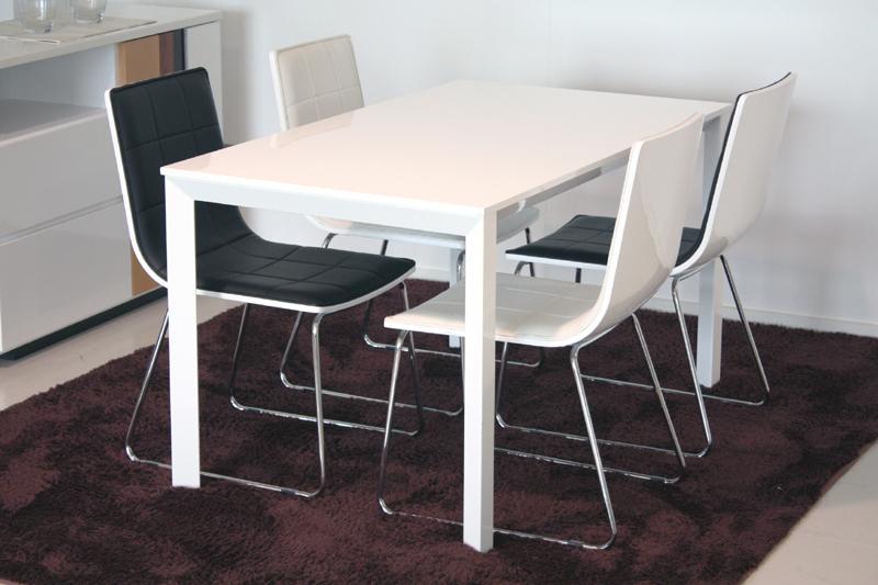鏡面仕上げ ダイニングテーブル 130サイズのテーブルとチェア4脚の5点セット】チェアの曲線がとても美しく座り心地抜群!ホワイトダイニング5点セット グレース 【新生活フェア】 送料無料【02P03Dec16】