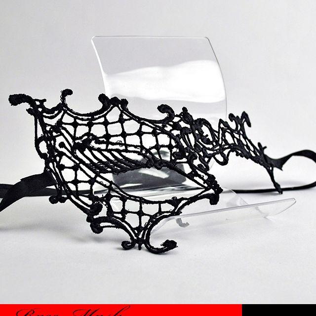商品 片眼アシメントリーフェースの立体加工されたセクシーなレースマスクです ☆仮面 レースマスク バーゲンセール コスプレ セクシー 片眼 マスカレード ハロウィン