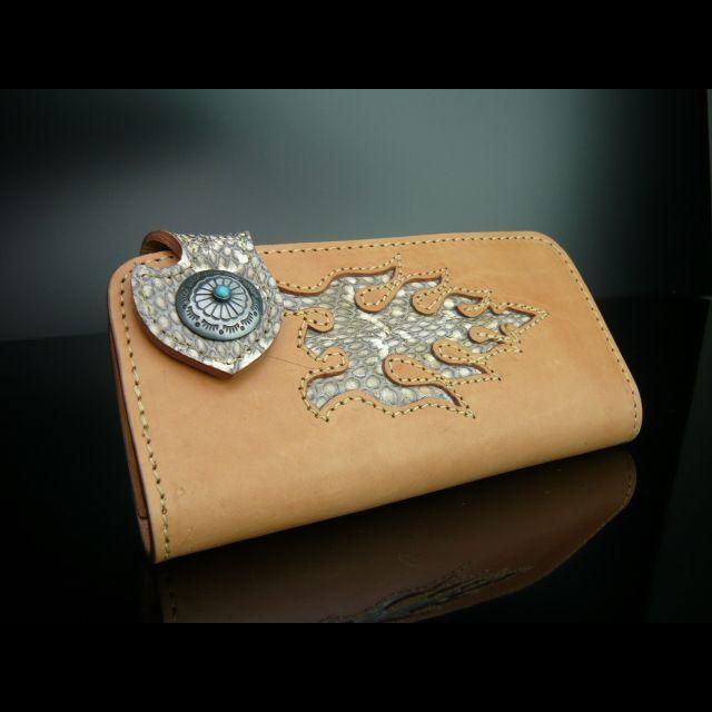 リザードの長財布