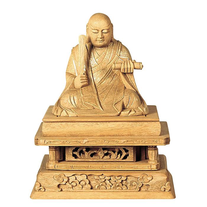 仏像・日蓮(楠木地彫 金泥書) 1.8寸(高さ:12.2cm)