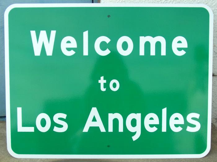 【道路標識】トラフィックサインボード Welcome to Los Angelesロードサイン ■ サインプレート 看板 案内板 案内ボード 世田谷ベース お知らせ 標識 室内 屋外 野外 壁面装色 アメリカン雑貨 【送料無料】