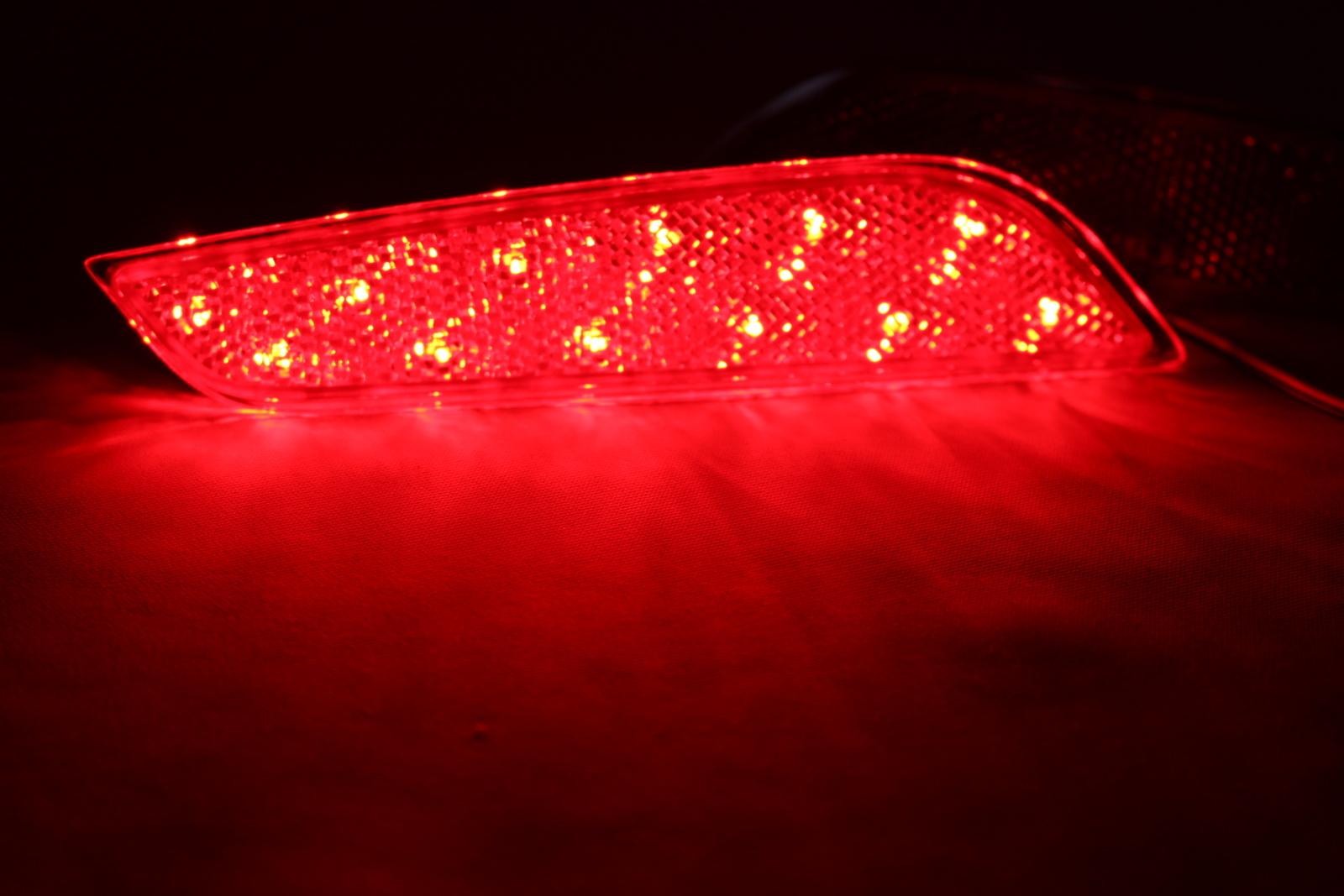 光ってなければ純正品 光れば明るく綺麗 拘りの加工法で長寿命 光るリフレクターならひからせ屋製純正加工品で決まり 1年保証 割引 無段階減光調整 スイッチ付で即純正復帰 純正加工LEDリフレクターランプ レクサスIS GSE3# 30系後期 AVE3# USE30型 ASE30 ※前期 未使用 中期には不適合