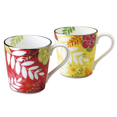 NARUMI (ナルミ) 日本製 フローラルパラダイス オリジナルペアマグカップ (ピンク & イエロー) 【ギフト 出産内祝 結婚内祝 結婚式引出物 快気祝 各種内祝 引出物 記念品】