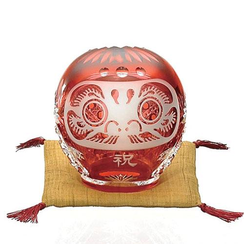 皇室御用品 日本製 KAGAMI CRYSTAL (カガミクリスタル) 江戸切子 祈願成就 祝だるま (小) 結城紬(絹織物)座布団付き 【ギフト 御祝 祈願成就 記念品 贈答用】